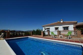 5 bedroom villa in costa del sol, coin
