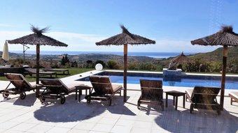 6 bedroom villa in costa del sol, estepona