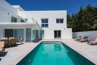 Modern Villa for sale in Nueva Andalucia