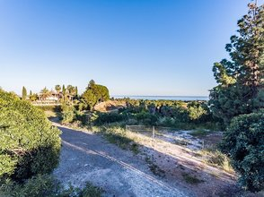 Plot with Sea Views for sale in Las Lomas del Marbella Club