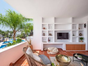 Apartment with Sea Views for sale in Las Tortugas de Aloha