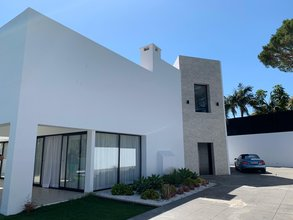 Modern Villa for sale in Linda Vista