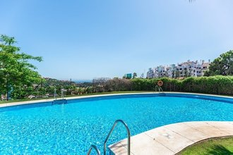 Apartment with Sea Views for sale in La Azalia