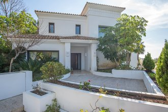 Modern Villa for sale in Las Lomas del Marbella Club