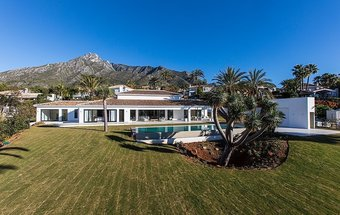 Villa with Sea Views for sale in Rocio de Nagüeles