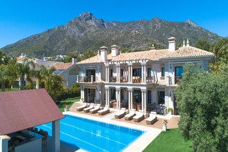 8 bedroom villa in sierra blanca, marbella
