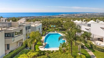 2 bedroom townhouse in sierra blanca, marbella