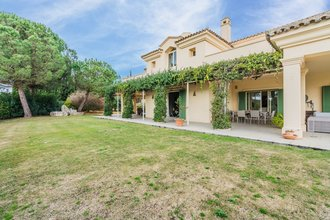 6 Bed 5 Bath Villa for sale in Sotogrande Alto