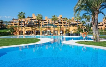 Apartment with Sea Views for sale in Los Granados del Mar
