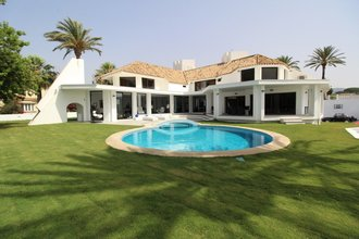 6 bedroom villa in las chapas, marbella