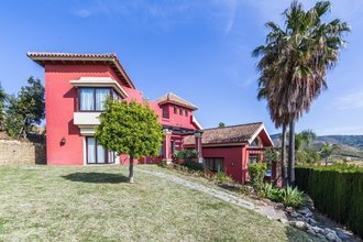 5 bedroom villa in las chapas, marbella