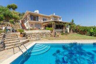 4 bedroom villa in torrenueva, mijas