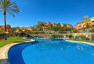 2 bedroom apartment in las chapas, marbella
