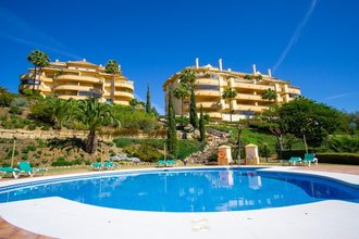 2 bedroom apartment in elviria, marbella