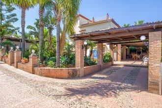 4 bedroom villa in costa del sol, alhaurin de la torre