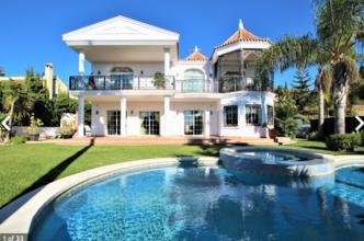4 bedroom villa in mijas golf, mijas