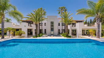 7 bedroom villa in puerto banus, marbella