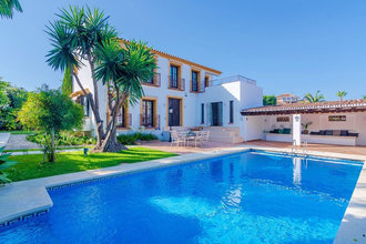 4 bedroom villa in san pedro playa, san pedro alcantara