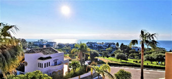 3 bedroom townhouse in costa del sol, estepona
