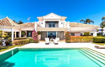 5 bedroom villa in la quinta, benahavis