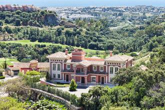 9 bedroom villa in costa del sol, marbella