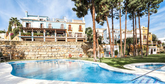 4 bedroom townhouse in nagueles, marbella