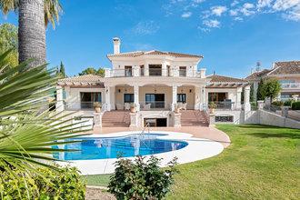 6 bedroom villa in new golden mile, estepona