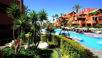 3 bedroom apartment in new golden mile, estepona