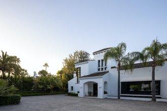 7 bedroom villa in guadalmina baja, san pedro alcantara