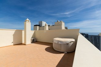 2 bedroom penthouse in estepona town, estepona