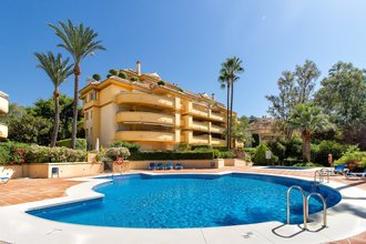 3 bedroom apartment in rio real, marbella