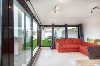 3 bedroom penthouse in estepona town, estepona