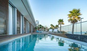 4 bedroom villa in costa del sol, estepona