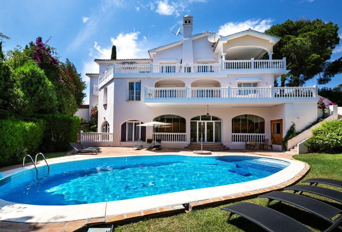Villa with Sea Views for Sale in El Rosario   M20