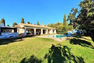 4 bedroom villa in atalaya, estepona