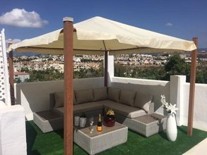 2 bedroom penthouse in atalaya, estepona