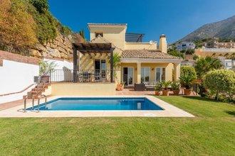 3 bedroom villa in costa del sol, istan