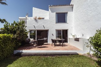 3 bedroom townhouse in nueva andalucia, marbella