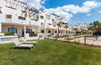 2 bedroom penthouse in new golden mile, estepona