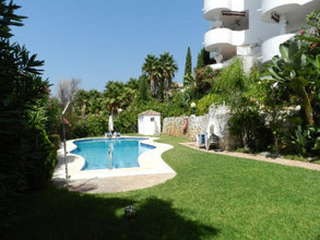 2 bedroom penthouse in rio real, marbella